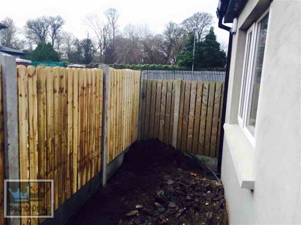 Examples Of Fencing Amp Brick Built Walls In Crawley